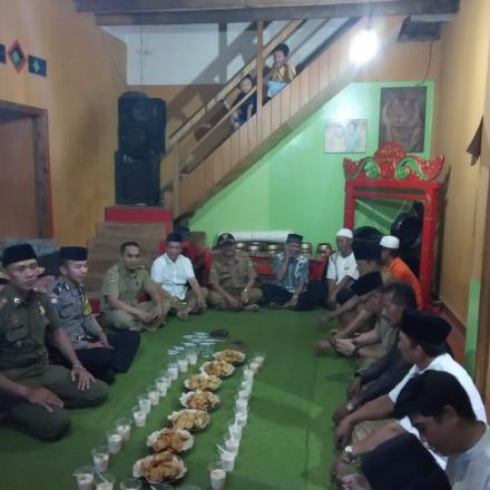 AGENDA TARAWEH KELILING dan Buka Bersama Pihak Kecamatan CImaung